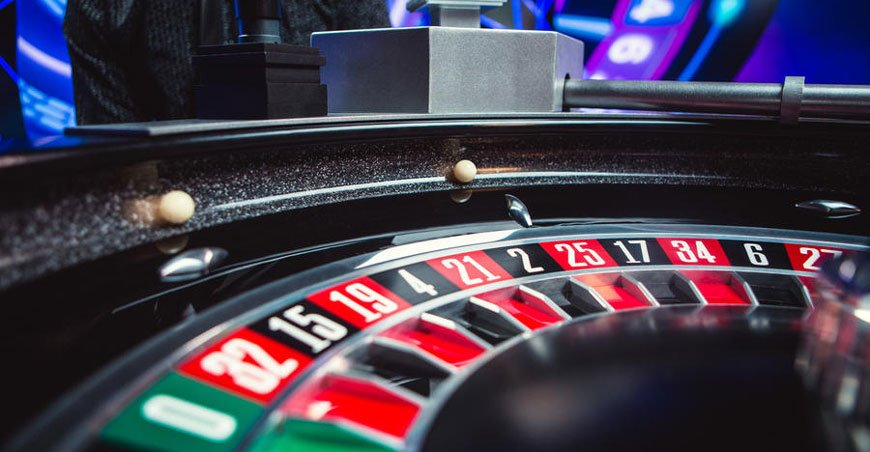 double-ball-roulette-wheel